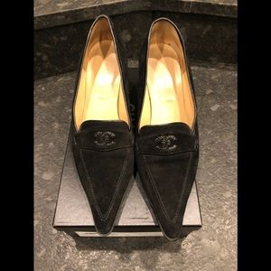 CHANEL Black Suede Pointed Toe Loafer Style Pumps